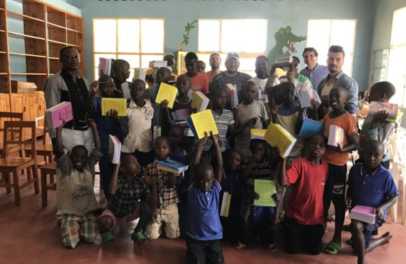Don de kits d'éducation – Butare – Avril 2018
